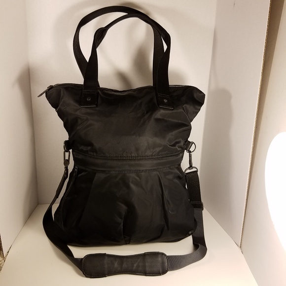41b17eca5e lululemon athletica Bags | Lululemon Black Twice As Nice Tote | Poshmark